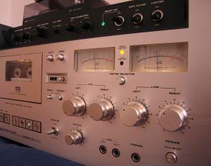 AKAI GXC 570 D