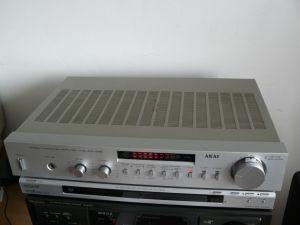 Amplificator Akai am u22