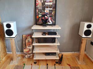 Audio rack si standuri boxe lemn masiv