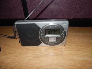 BRANDT radio , digital in cutie