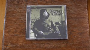CD EP Drowned In Dreams – Tragedy Of Empty Homes Metalcore rar