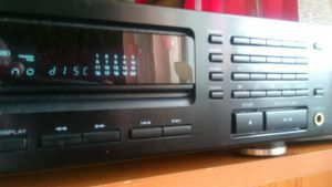 CD player Kenwood DP-1030