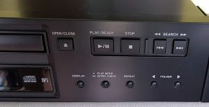 CD player Profesional TASCAM CD200