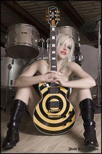Epiphone/Gibson Family Brands=  Zakk Wylde Les Paul = Mother Rockin' Guitar Of Them All!!