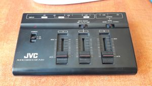JVC MI-A40 audio mixer