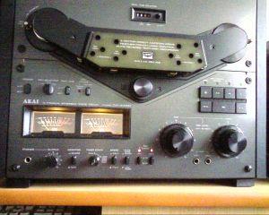 Magnetofon Akai 635