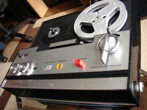 Magnetofon Portabil  Vintage