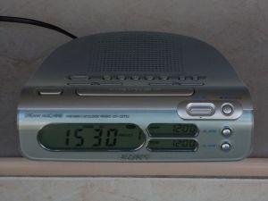 Radio SONY icf-c273L digital ceas alarma Fm/Mw/Lw memorii