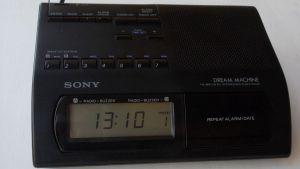 Radio SONY icf-c303L digital ceas alarma Fm/Mw/Lw memorii Taiwan