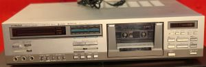 Victor/JVC DD-10 Stereo Cassette Deck (1981)