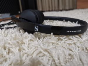 Vând Casti Sennheiser HD 2.20S