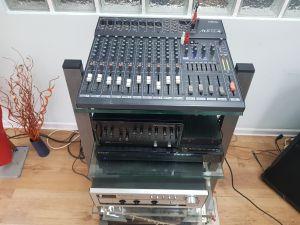 Yamaha MX 12/4 mixer consola XLR EQ preamplificator